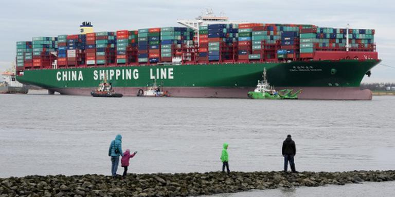Nederlandse slepers trekken Indian Ocean vlot