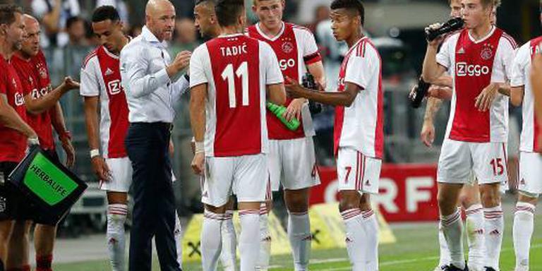 Ajax verliest van VfL Wolfsburg