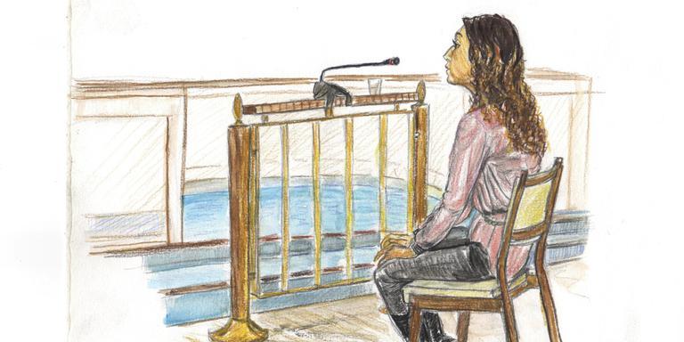 Enise B. voor de rechter in Assen. TEKENING ANNET ZUURVEEN