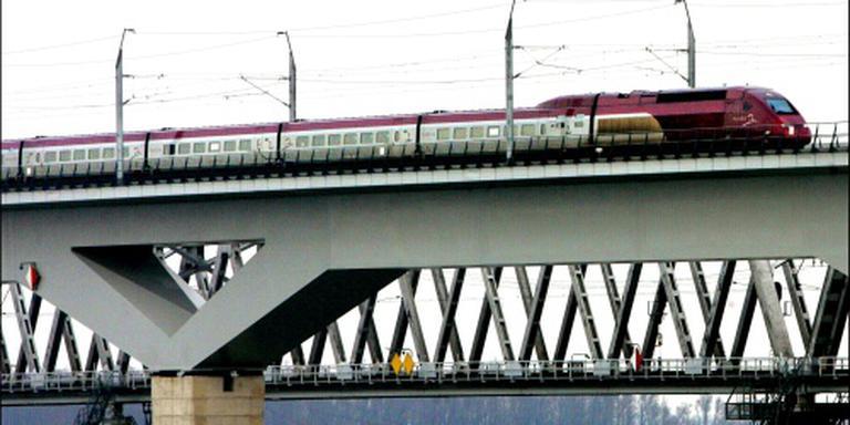 Drie dagen geen treinen over Moerdijkbrug
