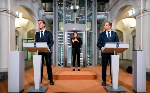 Premier Rutte tijdens persmoment over coronamaatregelen: We staan op kruispunt, te vroeg voor lockdown