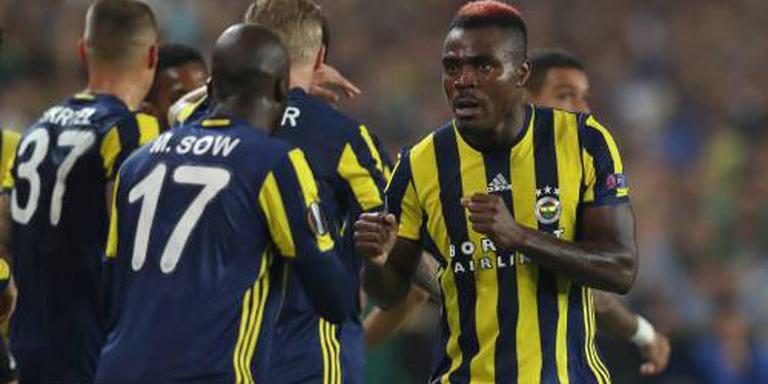 Toestel Fenerbahçe maakt noodlanding