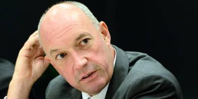 Directeur Slop vertrekt einde seizoen bij Ajax