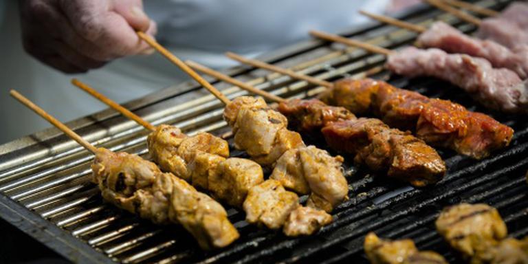 Bedorven vlees, poepbacterie in barbecuevlees