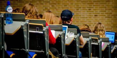 'Studenten dubbel geraakt'