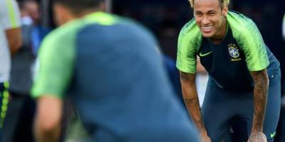 Brazilië start WK met Neymar in de basis