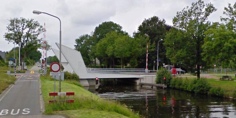 Rood licht bij Kloosterbrug na twee ongelukken met gewonden.