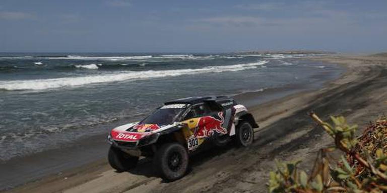 Rallyveteraan Sainz grijpt de macht in Dakar