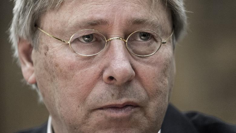 Burgemeester Peter den Oudsten van Groningen vindt de uitspraken van een voorzitter van een stembureau over de PVV ronduit schandalg. Foto: Archief DvhN
