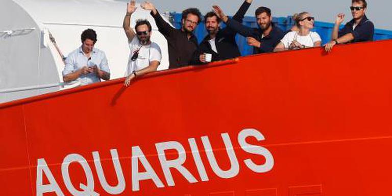 Frankrijk neemt 78 vluchtelingen Aquarius op