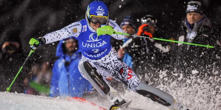 Zuzulova wint slalom in Flachau