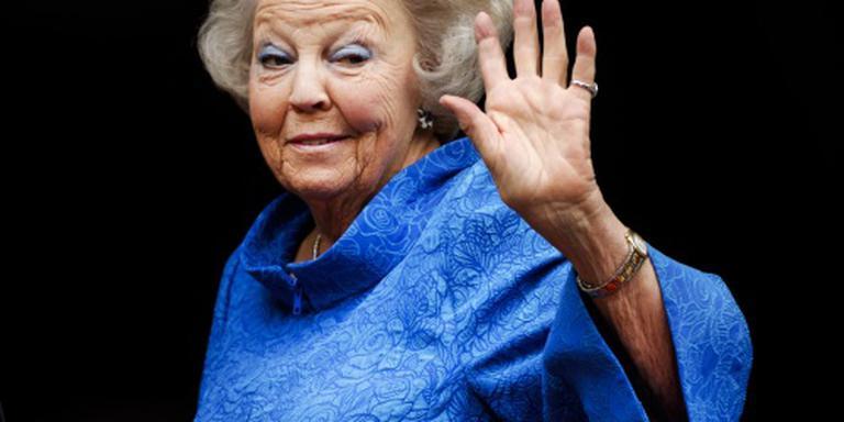 Prinses Beatrix opent expo in Bratislava
