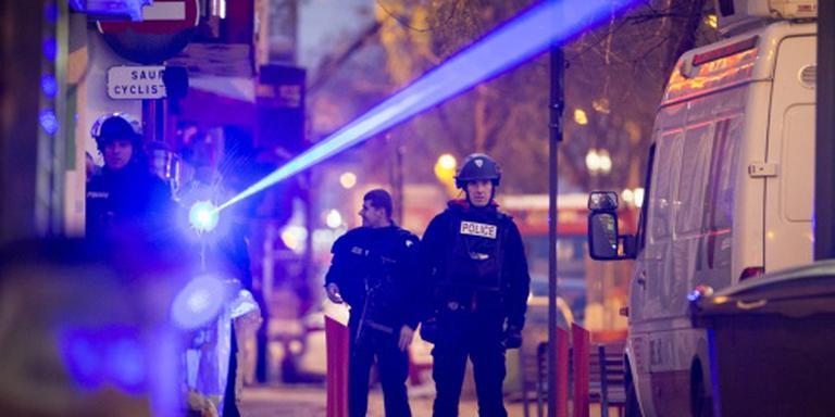 Algerije pakt verdachte aanslagen Parijs op