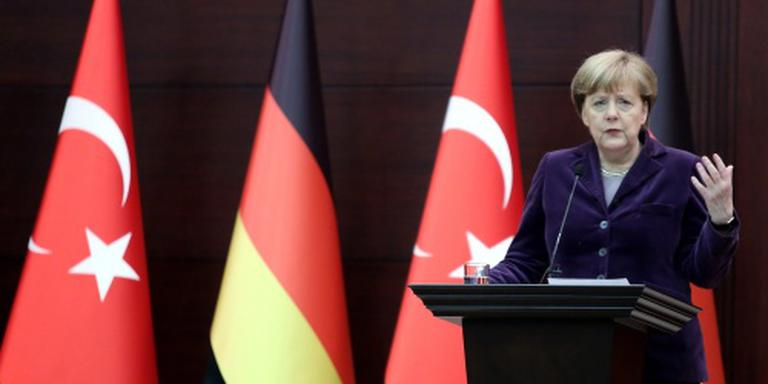 Kremlin wuift kritiek Merkel weg