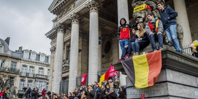 Orkest en koor treden op Beursplein Brussel