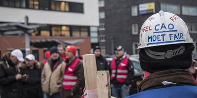 Metaalwerkers staken voor een betere cao