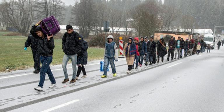 Veel minder vluchtelingen naar Duitsland