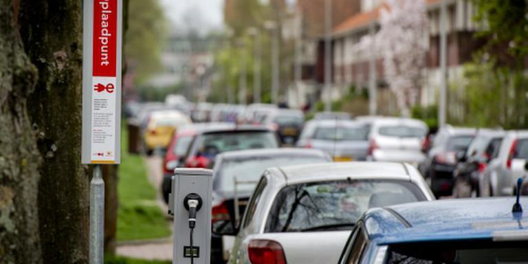 'Meer laadpunten nodig voor elektrische auto'