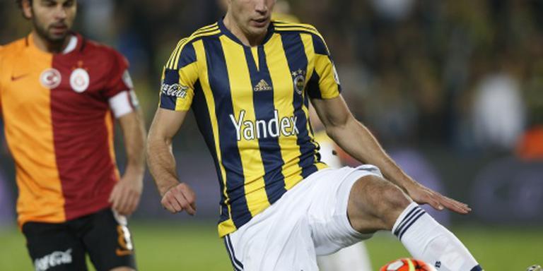 Van Persie zet Fenerbahçe op winnende spoor