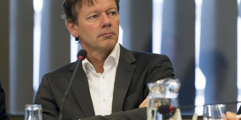 'Gemeenten verplicht asielzoekers op te nemen'