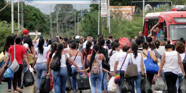 Venezolanen grens over voor eten en medicijnen