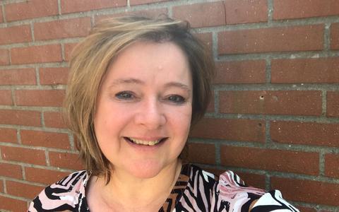 Chronisch zieke uit Dalen eist rolstoelvriendelijk huis van gemeente Coevorden. 'Het doet ons als dochters pijn om mama zo te zien'