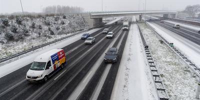 Het blijft ook woendag oppassen op de wegen. Foto: ANP