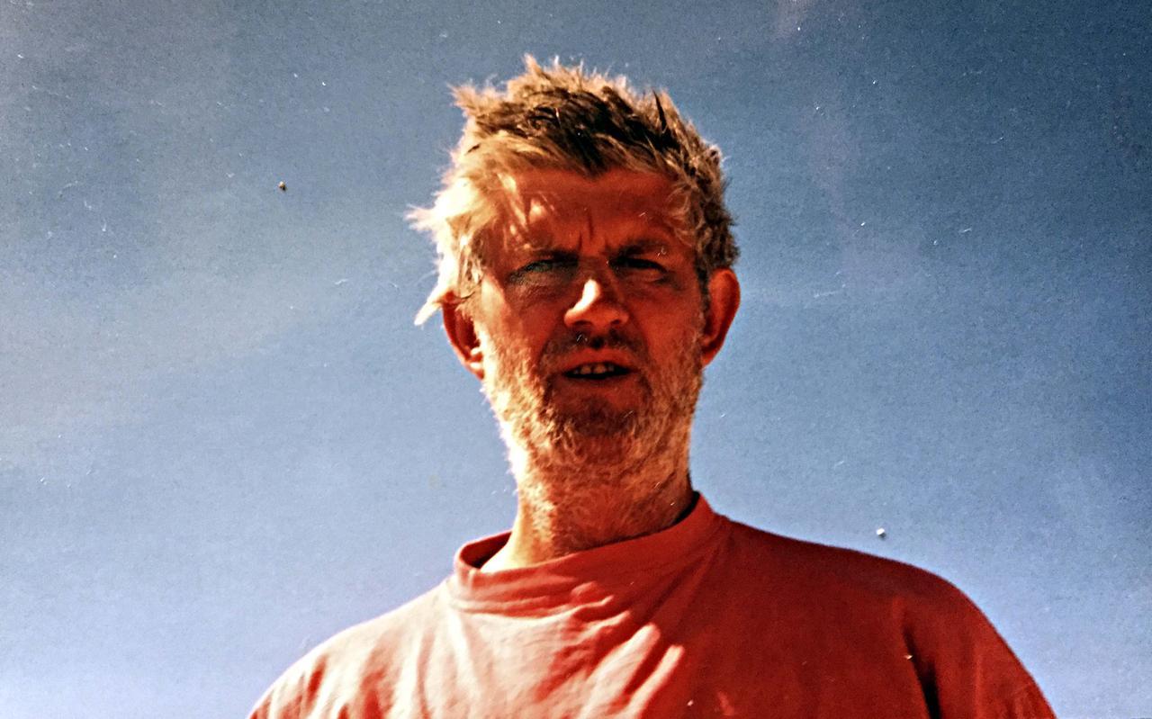 Kleikunstenaar Bart de Vogel.