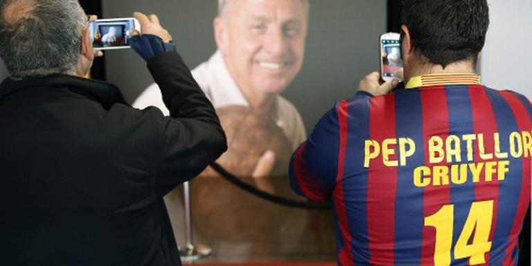 Familie Cruijff bij herdenking in Camp Nou
