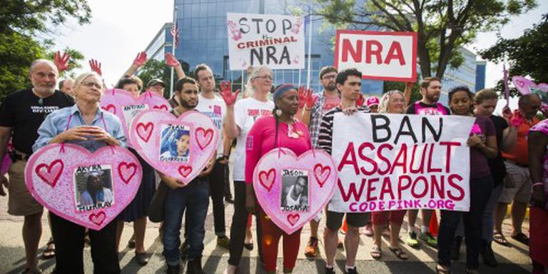 Zitactie Democraten voor strengere wapenwet