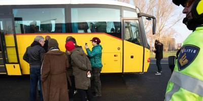Busreis anti-pietgroep halverwege gestopt