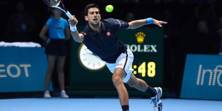 Djokovic in hoog tempo naar finale