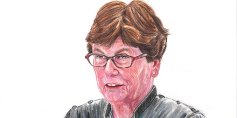 Loes Kiezebrink, getekend door rechtbanktekenaar Annet Zuurveen.