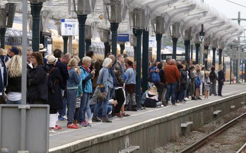 Drenthe en Groningen moeten het stellen zonder volwaardige servicebalies op stations