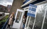 Woningzoekenden wringen zich in steeds meer bochten om toch een huis te kunnen kopen.