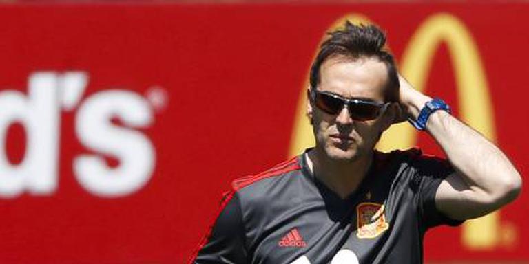 Spanje ontslaat vertrekkende bondscoach