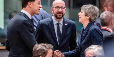 Gesprekken brexituitstel verder tijdens diner