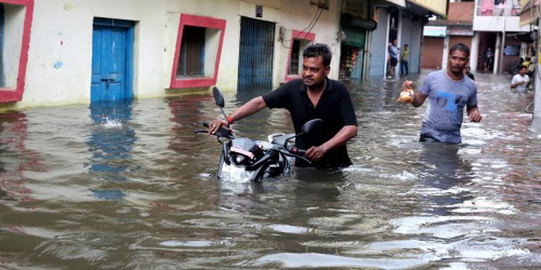 Doden en daklozen door moesson in India