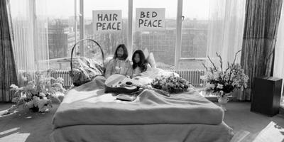 John en Yoko, 50 jaar geleden in het Amsterdamse Hilton.