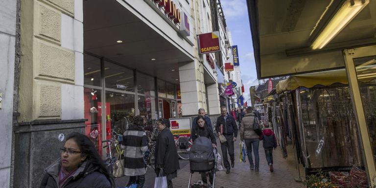 In winkelgebieden in krimpregio's moet het roer drastisch om. Foto: DvhN.