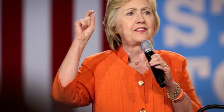 Arts: Clinton fit genoeg om VS te leiden