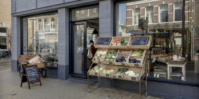 Verpakkingsvrij, gezond en duurzaam eten verliest het vaak nog van gemak en goedkoop. FOTO JAN ZEEMAN