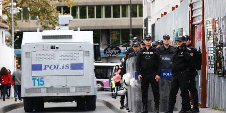 Turkije haalt 3200 geschorste agenten terug