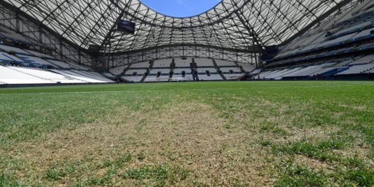 Franse grasbond laakt UEFA