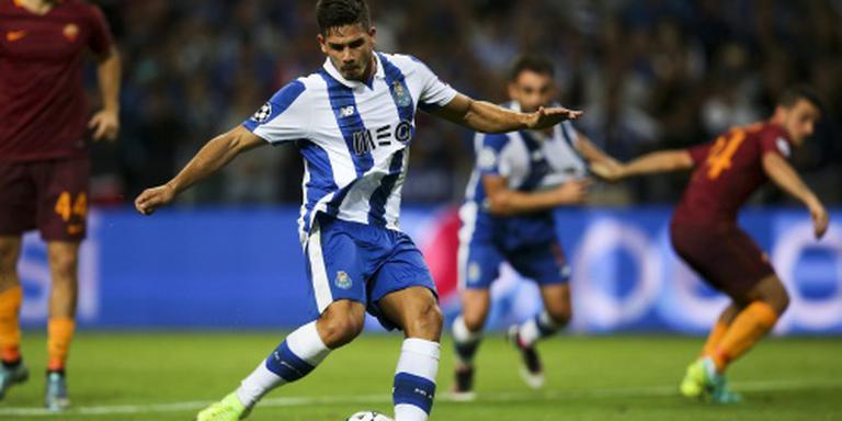 AS Roma speelt met tien man gelijk