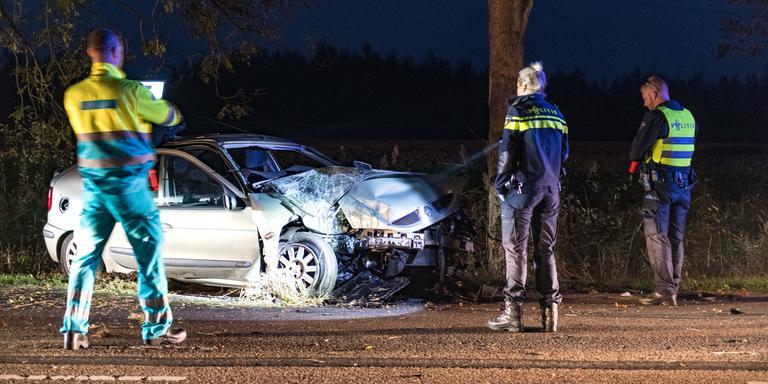 Automobilist gewond bij botsing Foxhol.