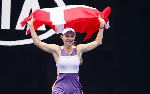 Tennisster Wozniacki zwaait af tegen Kerber in plaats van Serena