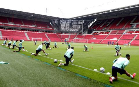 PSV mikt tegen FC Midtjylland op goede uitgangspositie