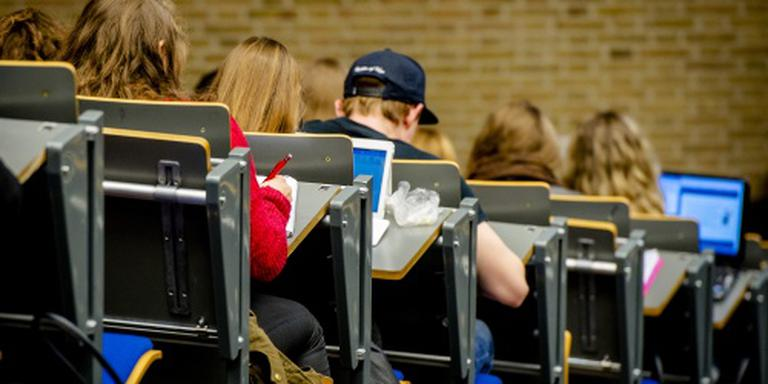 'Universitaire docent vaak ongekwalificeerd'