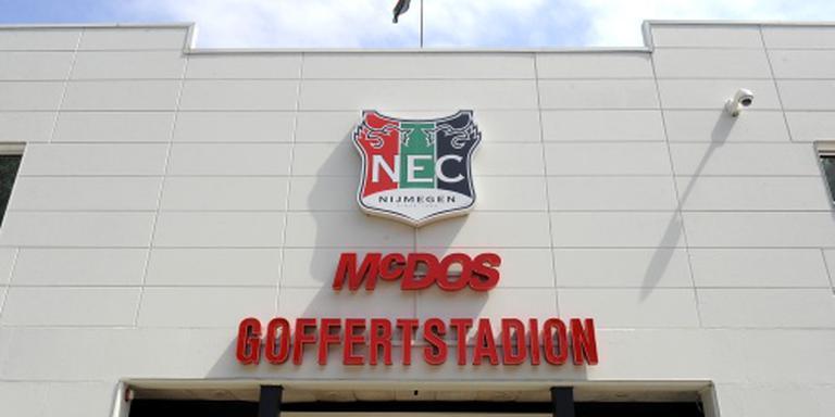 Duel NEC in Brussel op losse schroeven